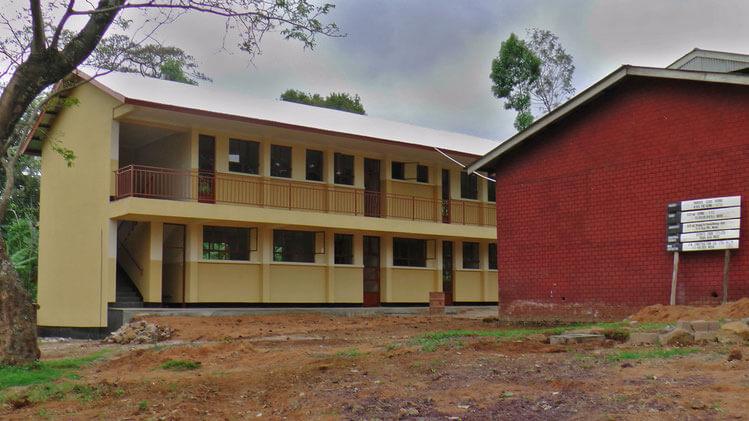 Neubau des Schulgebäudes für Kiumo